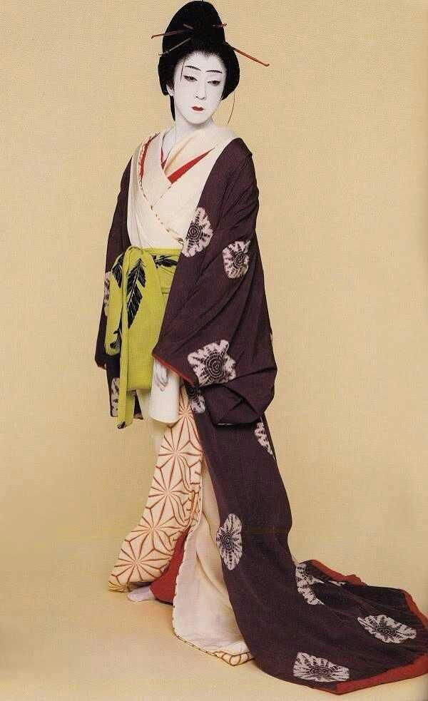 【日本歌舞伎演员 坂东玉三郎 的女形与艺道】 来自CG插画控 - 微博