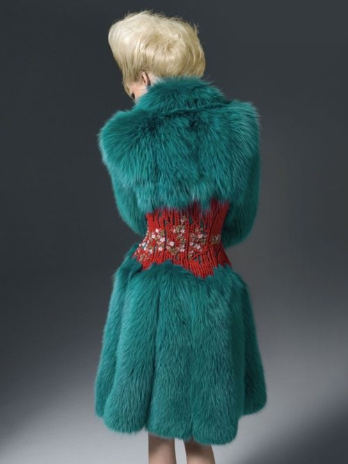 I love the corset part and idea, hate the fur... color is amazing, but... IT'S F-ING FUR!!! If you want to wear fur, STOP SHAVING!!!