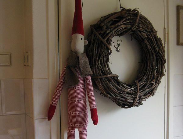 How to make Pixy - Christmaholic.nl » Kerst 2012: trends, versiering, tips & inspiratie! » Zelf maken: Knuffel Kerstelf! [werkbeschrijving, patroon + foto's]