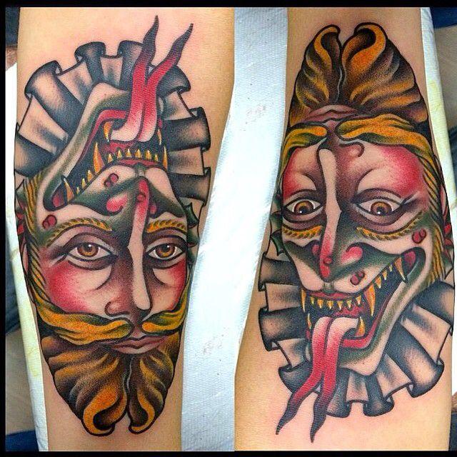 Fabio Onorini tatua a Fronte del Porto Tattoo Parlour Roma!  Fabio Onorini everyday at Fronte del Porto Tattoo Parlour Rome!  @frontedelportotattoo @fabioonorini #devil #diavolo #gentleman #gentiluomo #double #reverse #doppio #diavolo_gentiluomo #devil_gentleman #oldschool #tattoolifemagazine #tattooculturemagazine #inkedmagazine #italian_traditional_tattoo #best_traditional_tattoos #traditionaltattoos #tattoos #tatuaggio #tattooroma #rome #roma #frontedelportotattoo