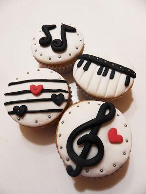Cupcakes Tradicionales Con diseños personalizados   Mostacillas - Adornamos Momentos