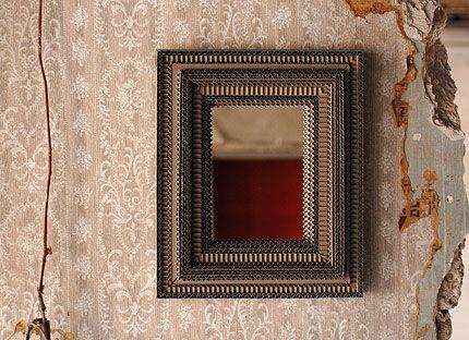 Carton noir miroirs objets exclusifs miroirs cadres for Miroir encadrement noir