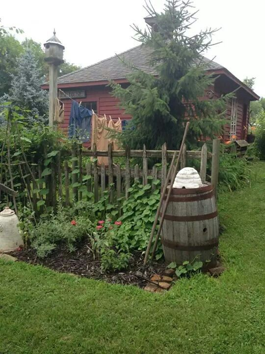 Find This Pin And More On Love The Primitive Garden.