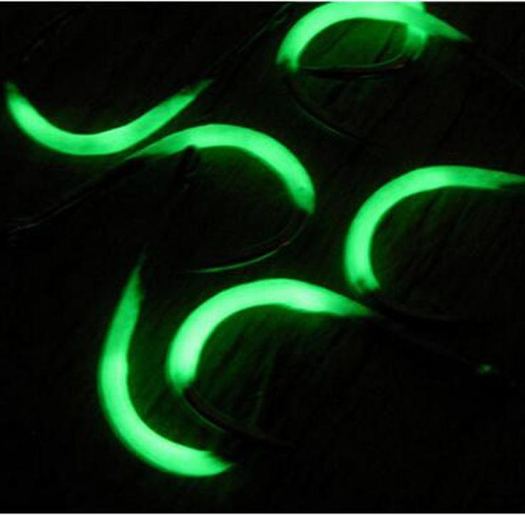 [Visit to Buy] The New 7pcs/pack Luminous Fishing Hooks 0.5-6# Noctilucent Barbed Hooks Pesca Tackle Accessories Free Shipping FH60 #Advertisement