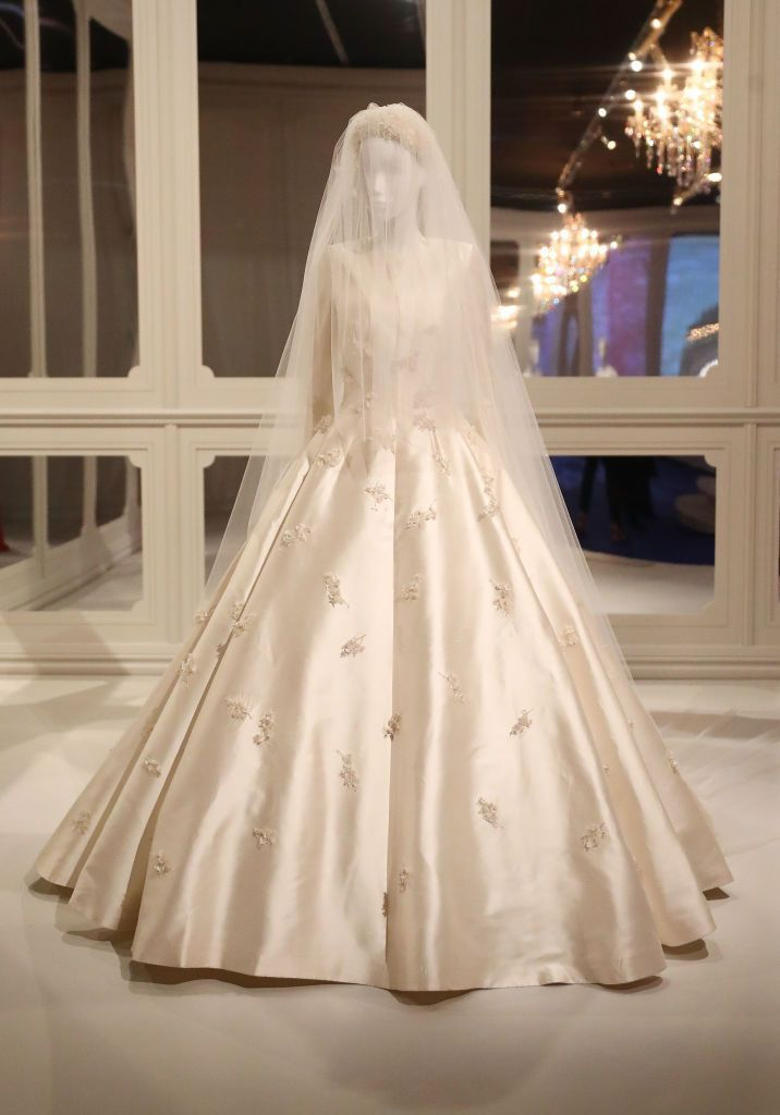 11++ Miranda kerr wedding dress ideas in 2021