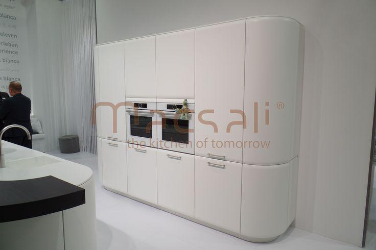 íves fehér konyhaszekrény