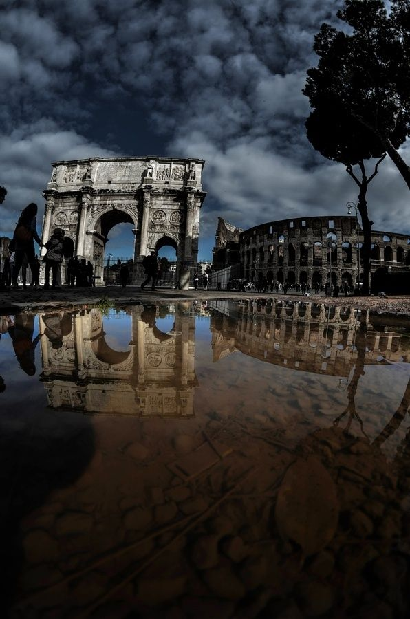 ♂ Aged with beauty - ancient architecture reflection
