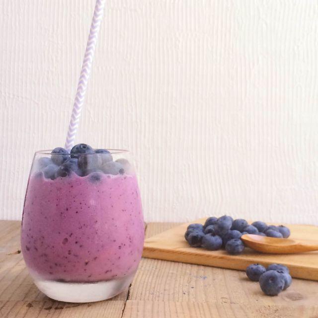 食欲がよみがえる!梨とブルーベリーの爽やか朝食スムージーのレシピ*