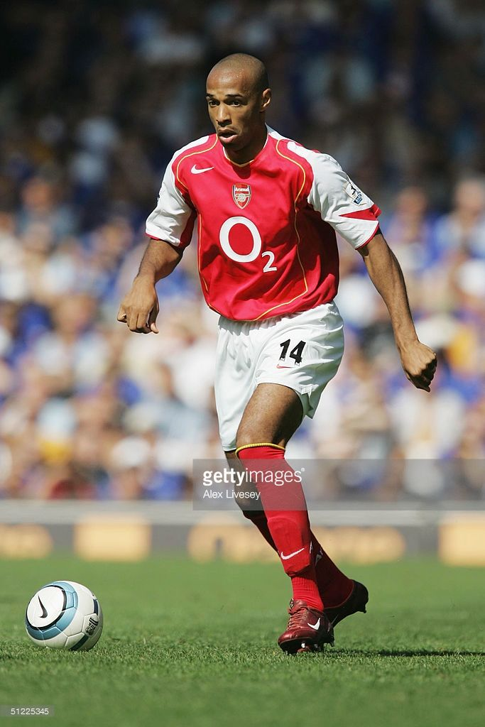 Thierry Henry of Arsenal during the Barclays Premiership match between Everton and Arsenal at Goodison Park on August 15, 2004 in Everton, England.