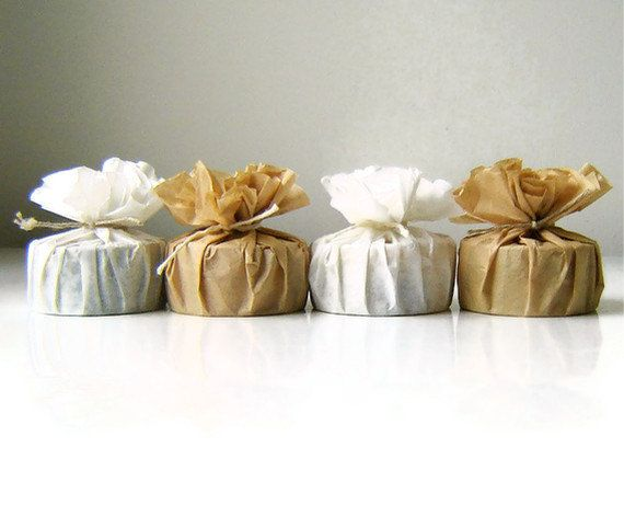 Round Soap Bridal Shower Favor / Handmade Soap Eco Wedding Favour /  / Qty 50