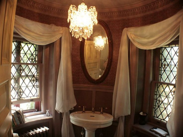 25 best images about house ideas on pinterest queen anne for 1890 bathroom design