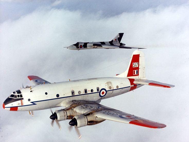 Handley Page Hastings T Mk.5 TG517 1066 Squadron Radar Training Flight of 230 OCU and Avro Vulcan of 617Sqn