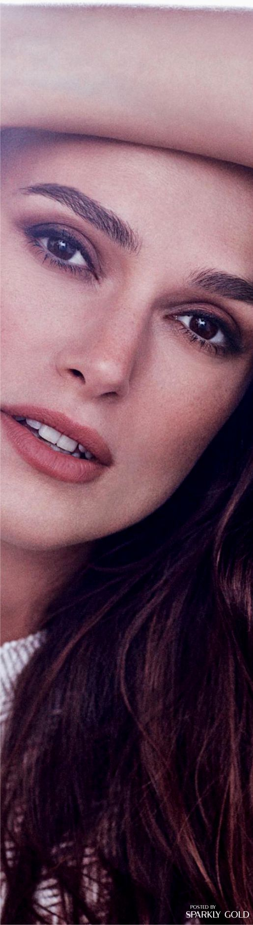 Keira Knightley Harper´s Bazaar UK Dec 16
