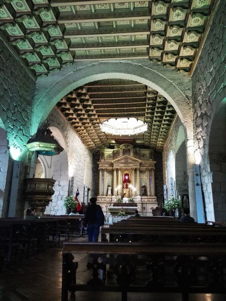 """La Iglesia San Francisco es uno de esos lugares de los que la gente diría """"se debe conocer, sí o sí"""" http://santiagoporconocer.cl/"""