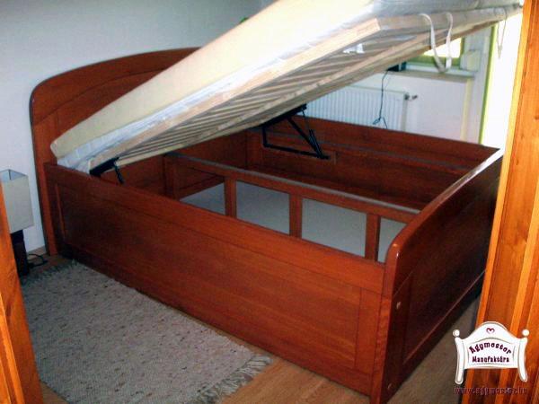 Egyedi gyártású ágyneműtartós felnőtt ágy