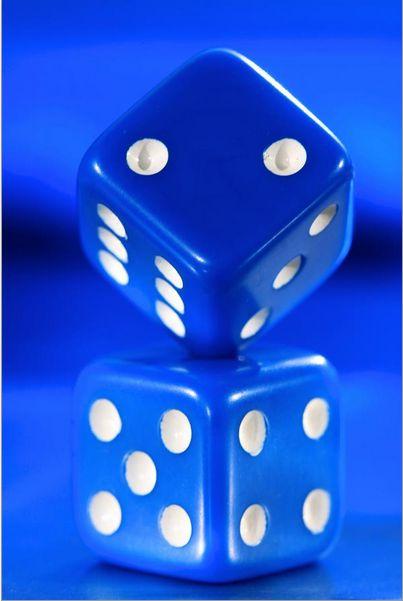 Blue dice http://www.pinterest.com/ldseacord/ lovin' this pin                                                                                                                                                      Más
