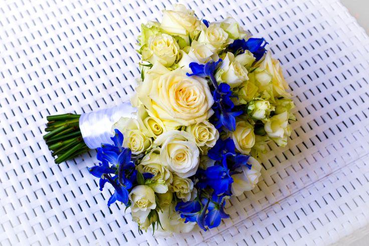 Bianco e blu con strascico
