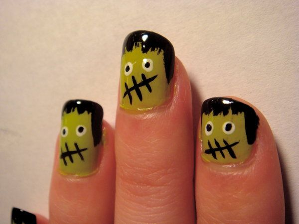 Frankenstein nails for Halloween: Monsters Nails, Nailart, Halloween Nails Art, Halloween Nails Design, Frankenstein Nails, Nails Ideas, Halloween Pictures, Nails Art Design, Cute Halloween Nails