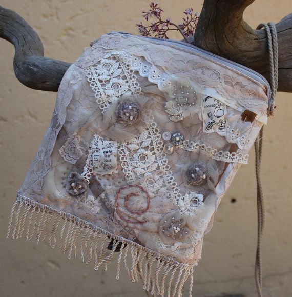 Beige purse  Small bag  Pouch  Evening bag  by KennaInAfrica, $42.00