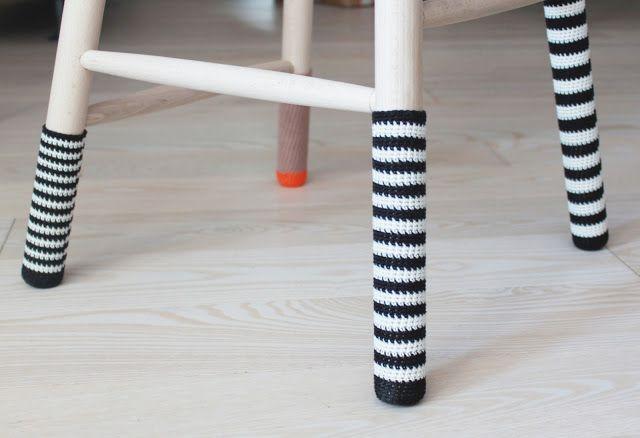 Lutter Idyl: Hæklede sokker til taburet (DIY)