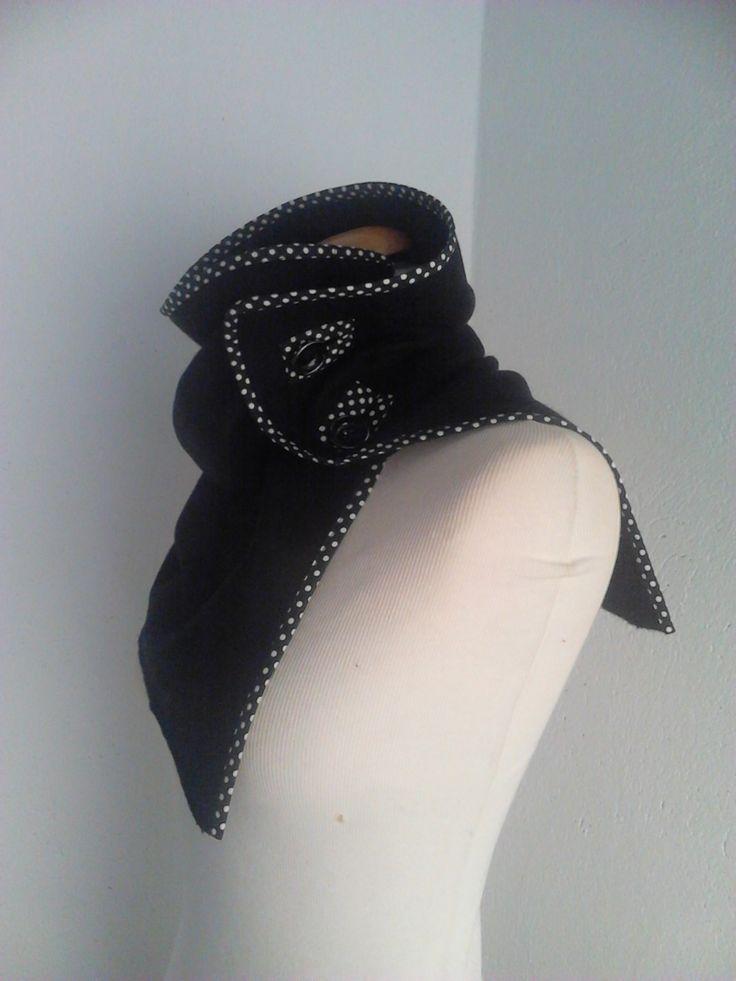 col , snood en laine bouilli noir : Echarpe, foulard, cravate par alatelier