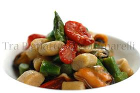 Gnocchetti cozze asparagi e pomodorini