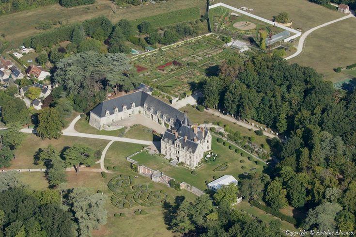 Photo aérienne de : Château de La Bourdaisière - Indre-et-Loire (37)