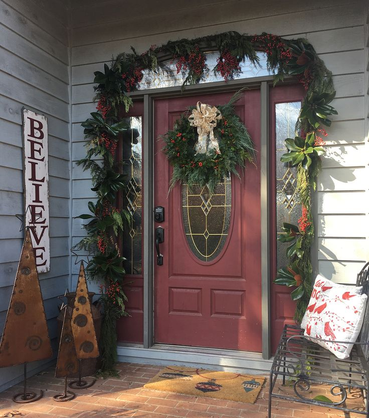 Pretty Xmas Garland, Believe Sign From Red Shed Decor