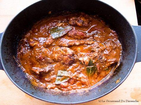 Un poulet chasseur fait maison pour votre prochain repas du dimanche. Une recette gourmande et conviviale pour un repas en famille.