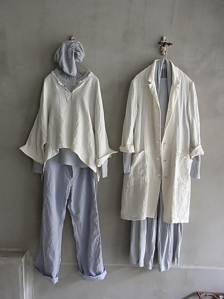 Vlas Blomme Kortrijk linen coat and top
