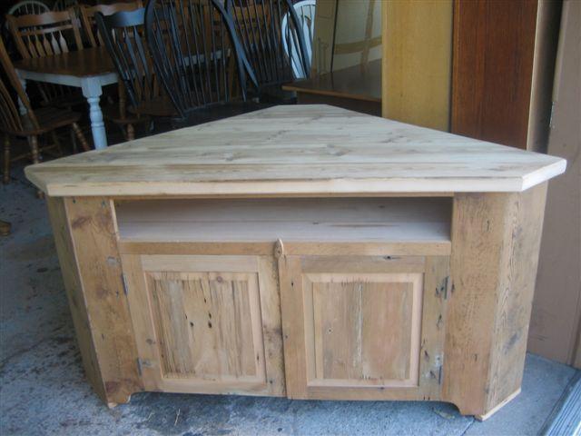barn wood corner tv stand | Corner TV Riser Made From Reclaimed Barnwood