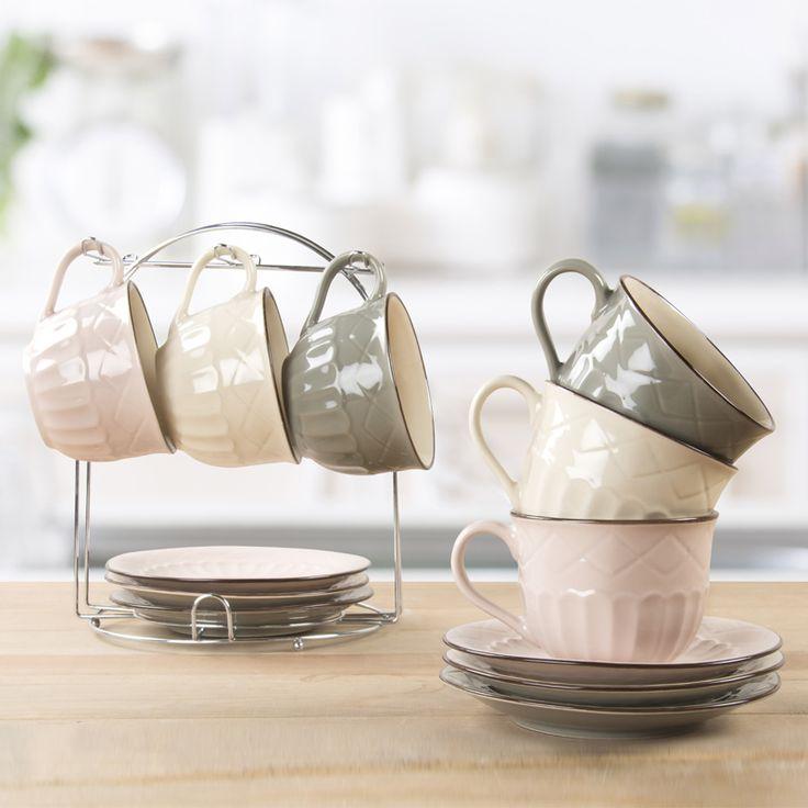 Facebook Sürprizi!  Görselimizi beğenip paylaşın ve bir arkadaşınızı etiketleyerek görseldeki özel standında 6'lı çay fincanı setini kazanın! Sayfamızı takip etmeyi unutmayın :)