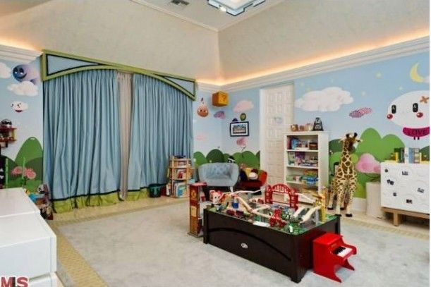 Christina Aguilera's baby boy's room