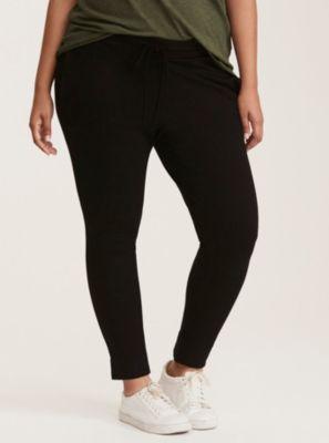 Skinny Jogger Pants in Black