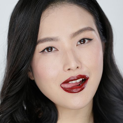 7 Tips For Wearing Dark Lipstick For Your Skin Tone #lipstick #howto #tutorial