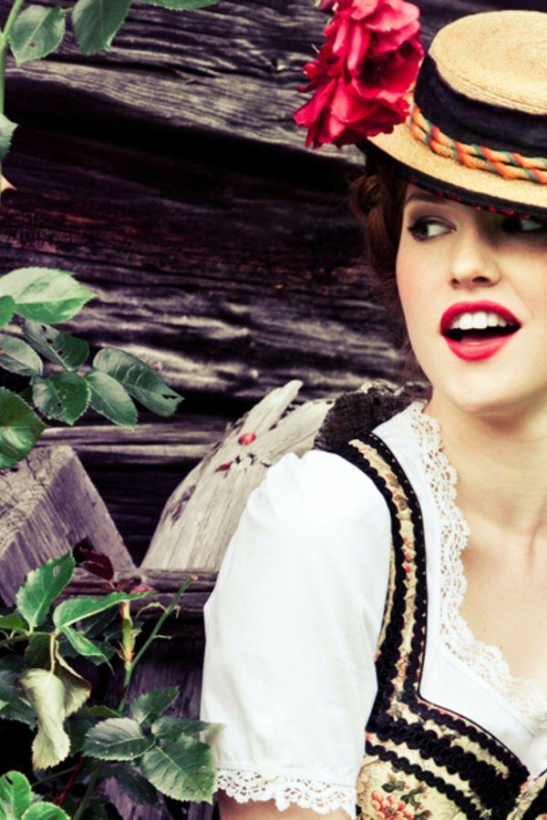 8e7f34883af4ec Die schönsten Dirndl, die süßesten Accessoires und passender Schmuck für  das perfekte Oktoberfest-Outfit