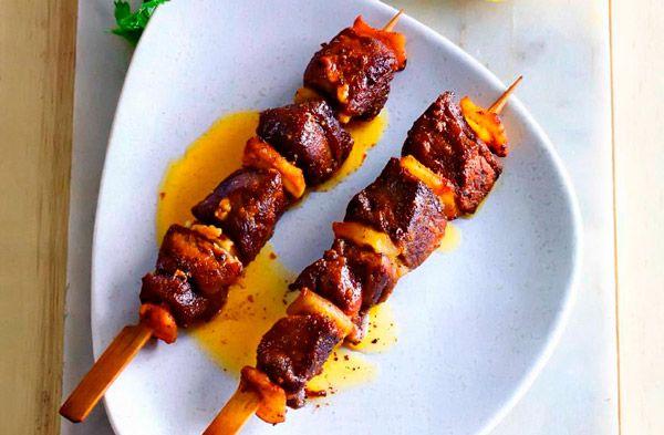 Рецепт Греческий бараний шашлык на шпажках (Сувлаки). Приготовление   блюда
