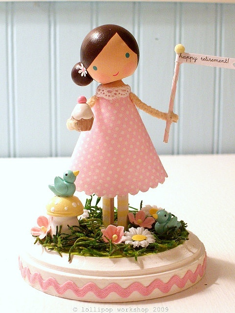 Cake topper. This is cute to the max!
