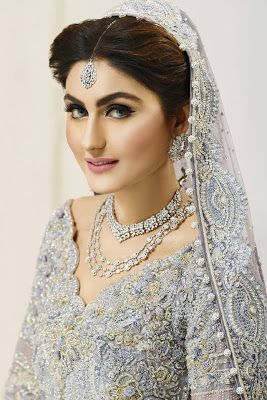 Ather Shahzad Signature Bridal Makeup & Perfect Hair Styles http://www.fashioncluba.com/2017/01/Aather-Shahzad-signature-bridal-makeup-and-hair-styles.html