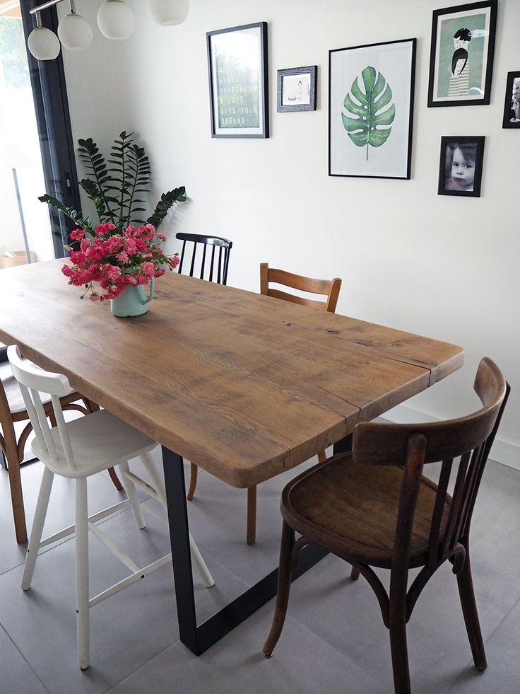 J'ai cherché longuement et avec beaucoup de patience une table ancienne en chêne. Tout d'abord, il fallait qu'elle soit aux bonnes dime...