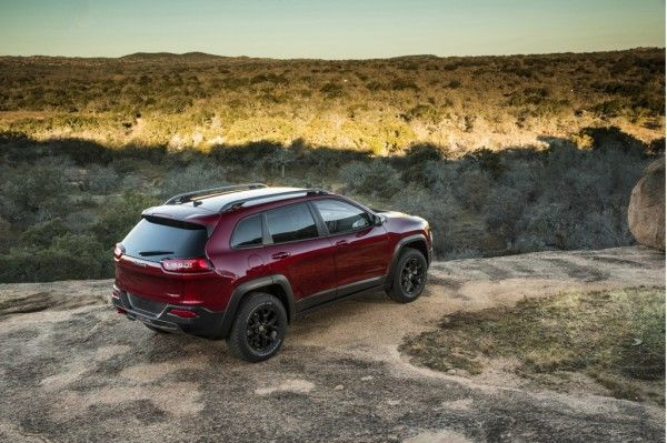 2014 Jeep Cherokee SUV Images View 600x399 2014 Jeep Cherokee SUV Full Review, Specs and Quaity