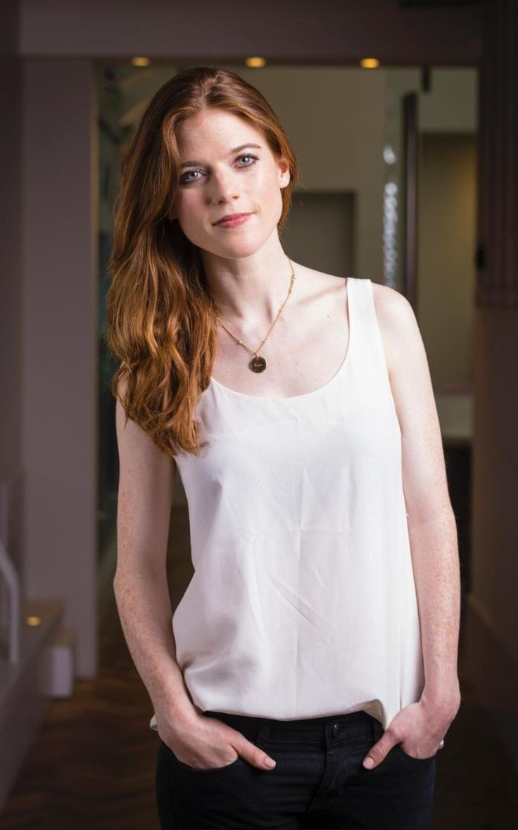 Rose Leslie on sex scenes, sexism, and dating Kit Harington                                                                                                                                                                                 Más
