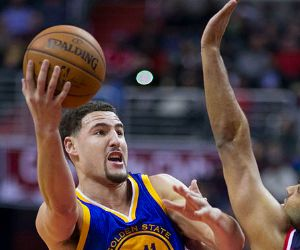 Klay Thompson Wife: Did He Choose Money & Cheat On Her? - http://www.fxnewscall.com/klay-thompson-wife-did-he-choose-money-cheat-on-her/1941715/