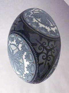 EMU EGG ART - A Hungarian artist , Csuhaj Tunde was born in 1954, she graduated studies in ceramics at the University of the Arts , Pecs, Hungary. Description from pinterest.com. I searched for this on bing.com/images