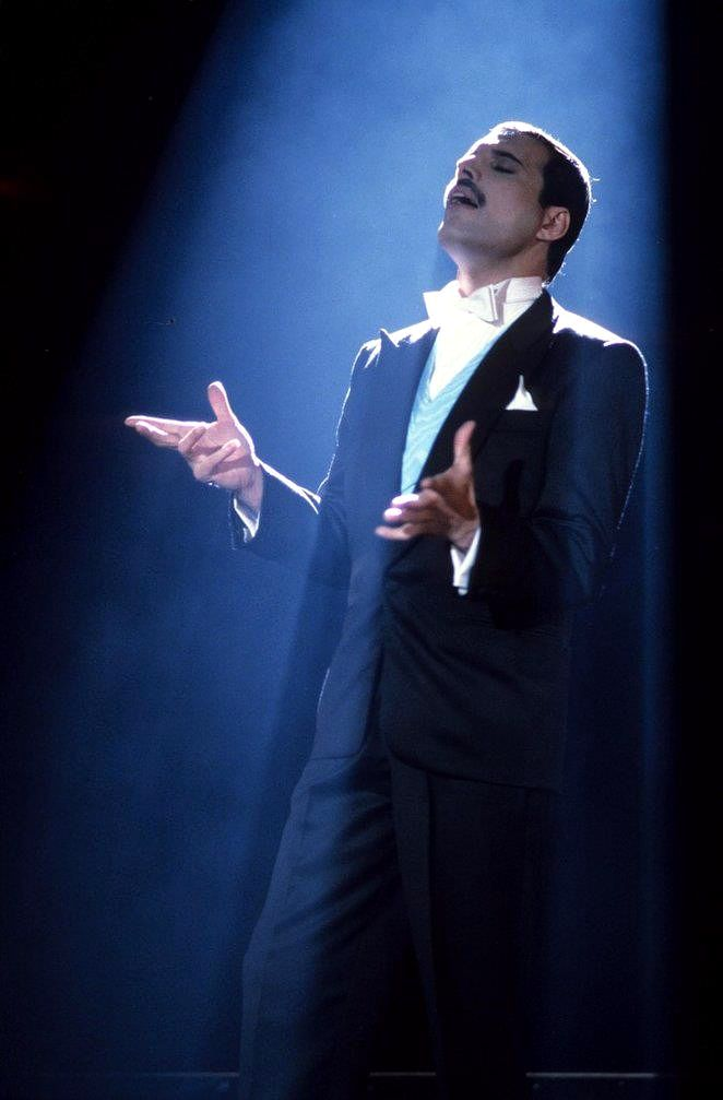 Queen ~ Freddie Mercury ... A Kind Of Magic 1986, he is just so incredibly handsome