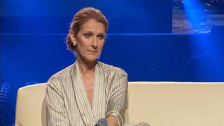 Voyez le point de presse que Céline Dion tient quelques minutes seulement après son spectacle au Centre Bell à Montréal.