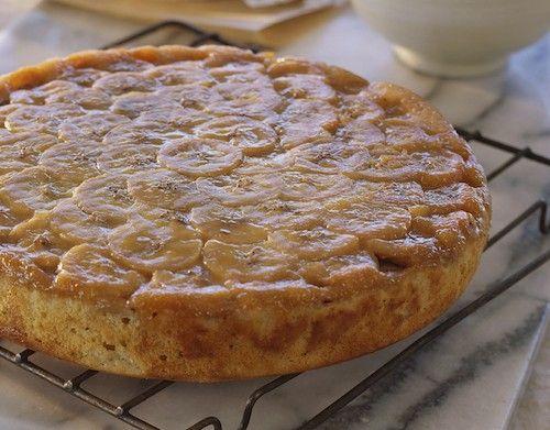Ce bon gâteau renversé à la banane sera parfait pour terminer le repas en beauté ! Découvrez cette recette facile à réaliser.
