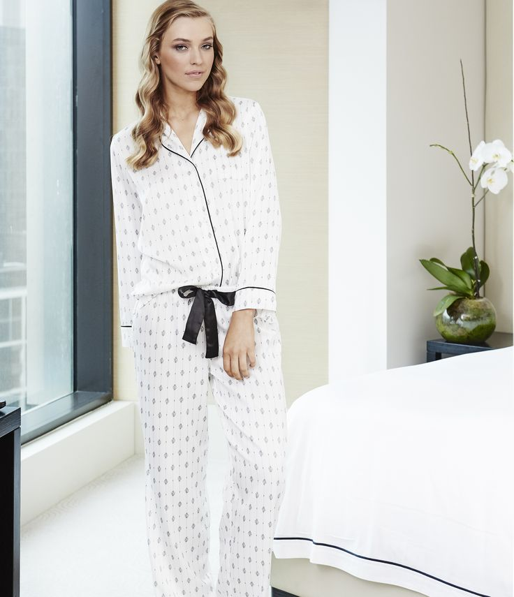 Federica by Gingerlilly is a classic button down pyjama for women who love to lounge around in their pj's.  Especially made for the rainy winter days where getting out of your pyjamas is all too hard