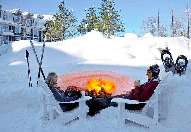 This Winter Fire Pit looks amazing! (source: JW Marriott The Rosseau Muskoka Resort & Spa)