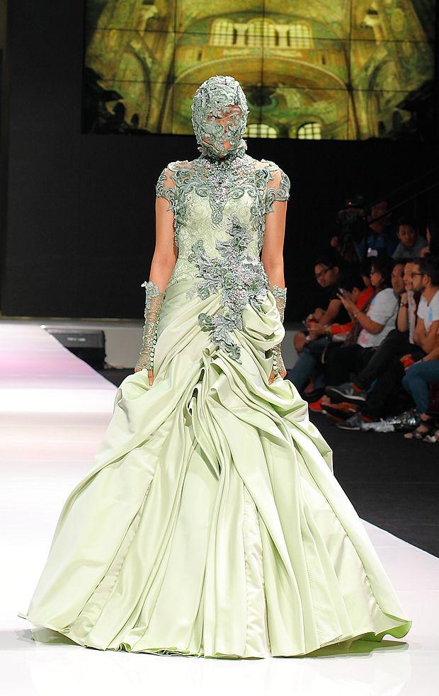 Esmod Jakarta Fashion Festival 2013 # 14 – Imelda Kartini